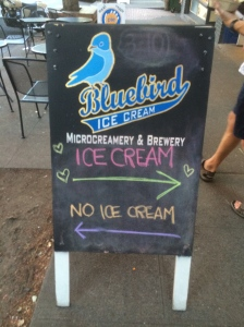 To go with that riDONKulously delicious pb cream pie, we got 2 scoops of Bluebird's Theo's chocolate ice cream. GAWD, this wonder-town has good freaking food!